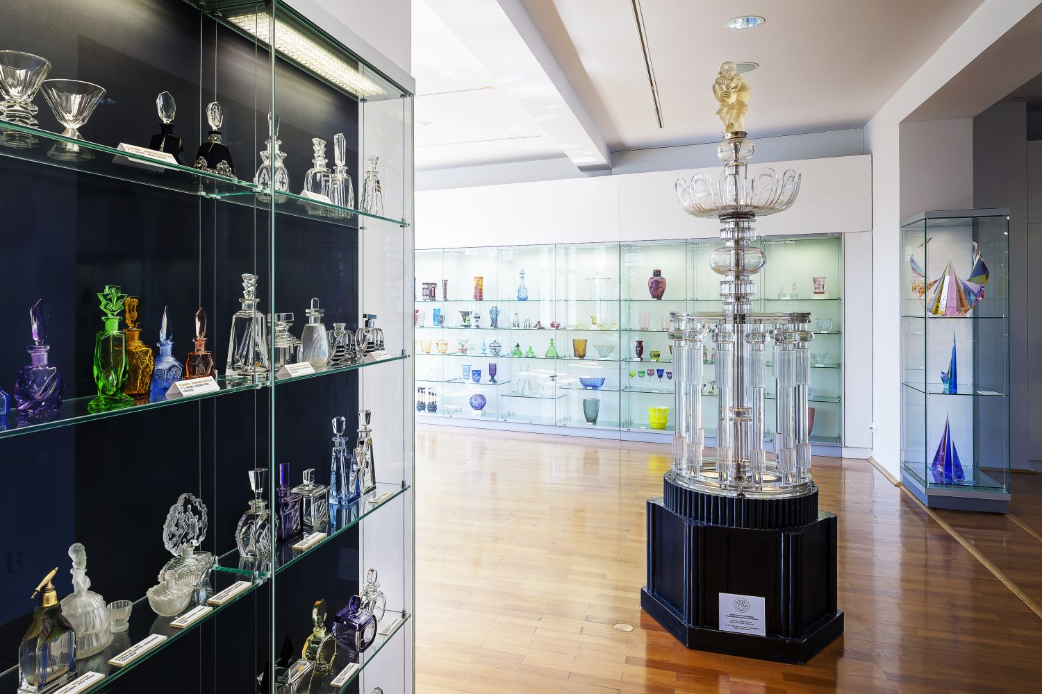 Obrázek v galerii pro Museum of Glass and Jewellery in Jablonec nad Nisou